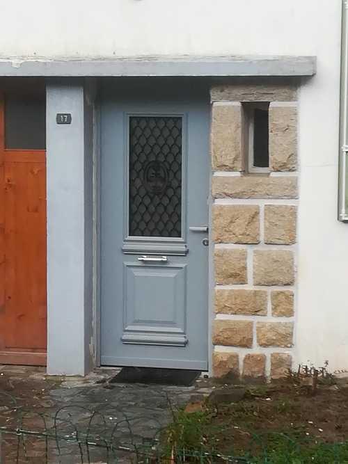 Porte d''entrée aluminium - maison bourgeoise 0
