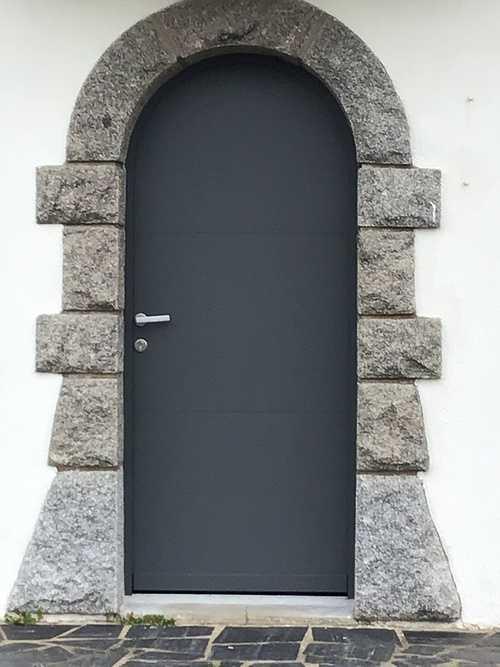 Porte d''entrée aluminium pleine - style contemporain 0