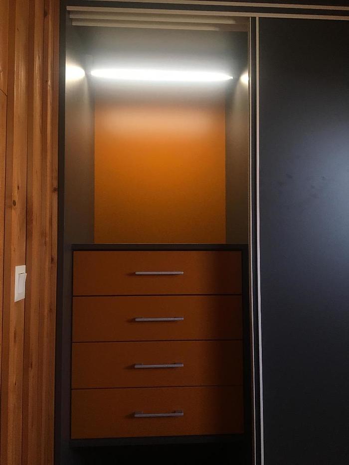 Conception et installation placard chambre - partiellement sous combles -900x1200