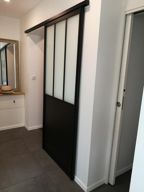 Porte intérieur coulissante type verrière atelier - Concarneau
