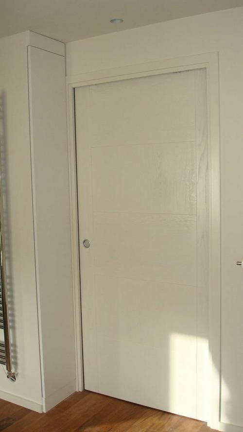 Porte plein à galandage - bois laqué blanc