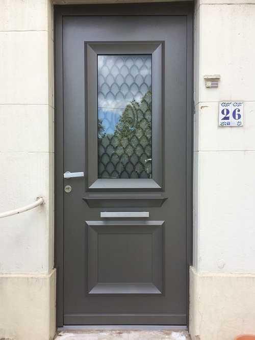 Porte d''entrée aluminium style rétro - Art & Fenêtres 0